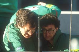 Eddie Jordan and Gary Anderson in 1991