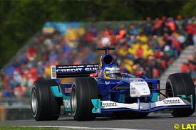 Nick Heidfeld in action during qualifying