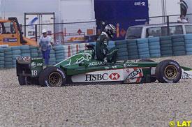 Eddie Irvine retires