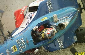 Alex Wurz crashes during the 1998 Canadian GP