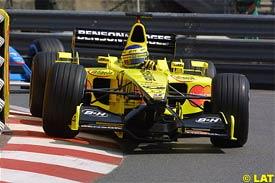Jarno Trulli drives during qualifying